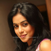 Poorna Hot Latest Photos