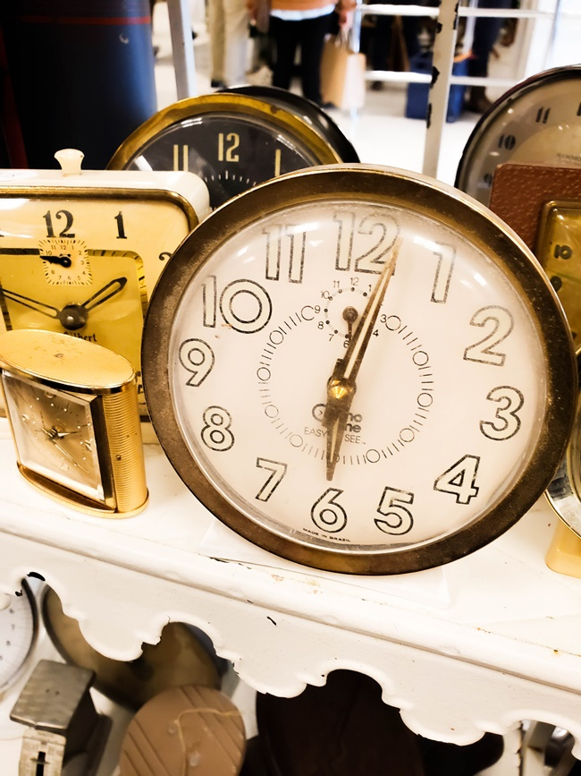 vintage alarm clocks at vintage market days st louis