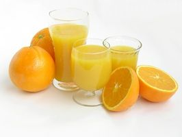 Παρασκευή συμπυκνωμένης πορτοκαλάδας και χυμών
