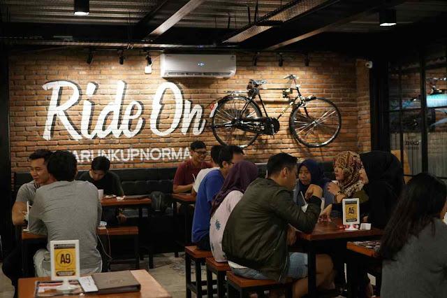 Perjalanan Karir dan Tips Sukses Ala Stefanie Kurniadi Pemilik Bisnis Warung Upnormal
