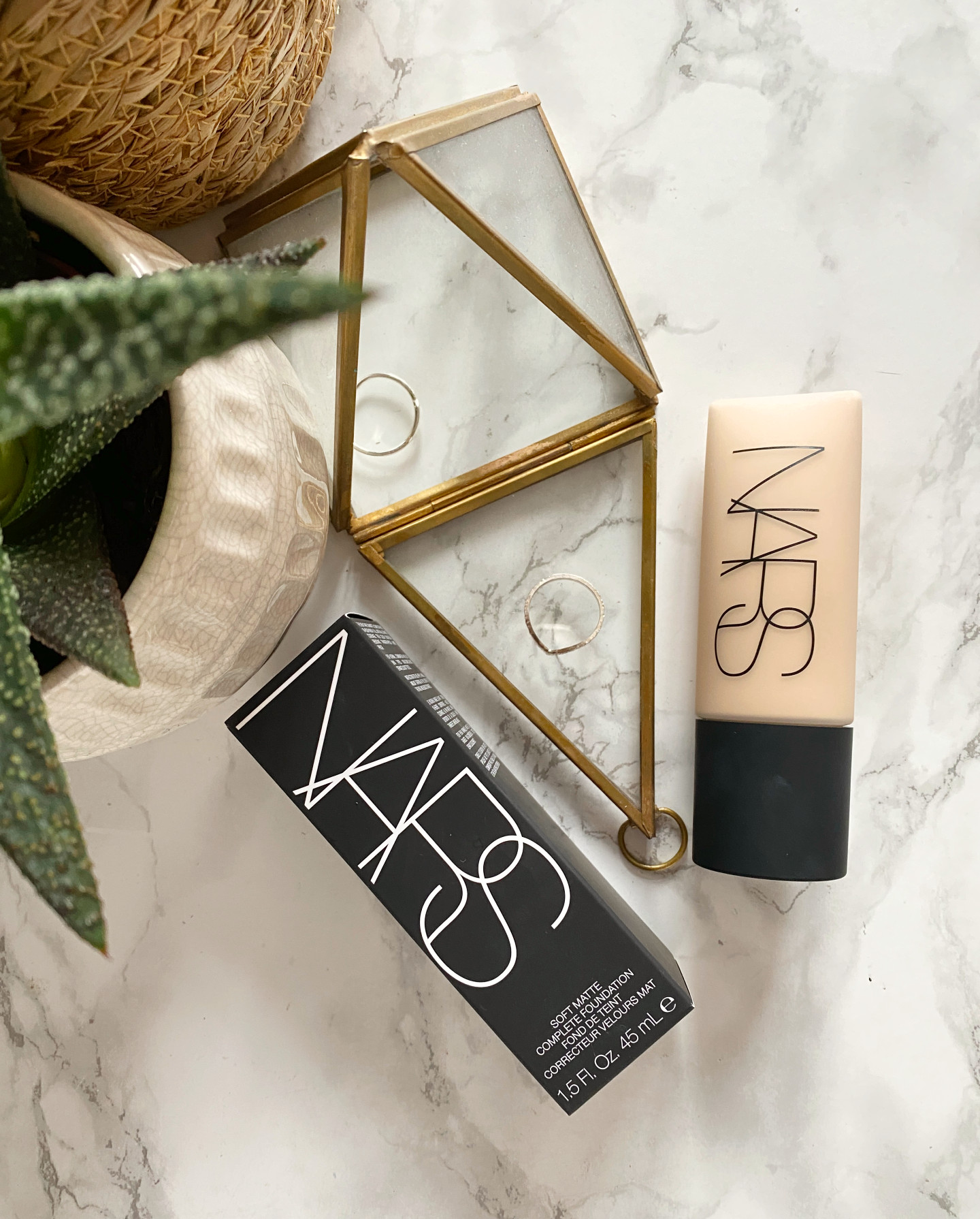 nars soft matte foundation deauville review