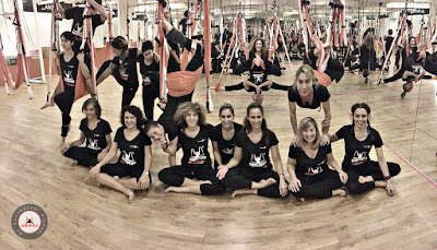 aeroyoga, barcelona, bilbao, clases, coach, coaching, CURSOS, donosti, españa, formacion, formacion profesores, instructores, madrid, pilates aereo, profesores, sevilla, spain, teacher training, valencia, yoga aereo