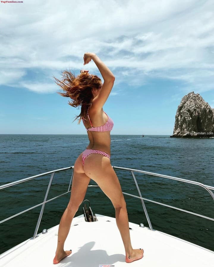 Bella Thorne Sexy Bikini Photos