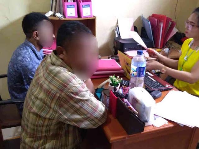 2 Tersangka Judi Kartu Tiga Diserahkan ke Kejari Jayapura - #PapuaUS - Papua Untuk Semua ...