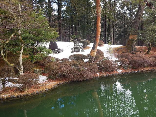 Jardin nevado en Nikko