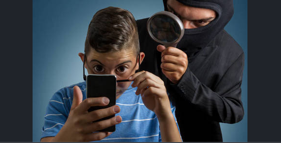 The most effective method to tell if someone is spying your personal phone