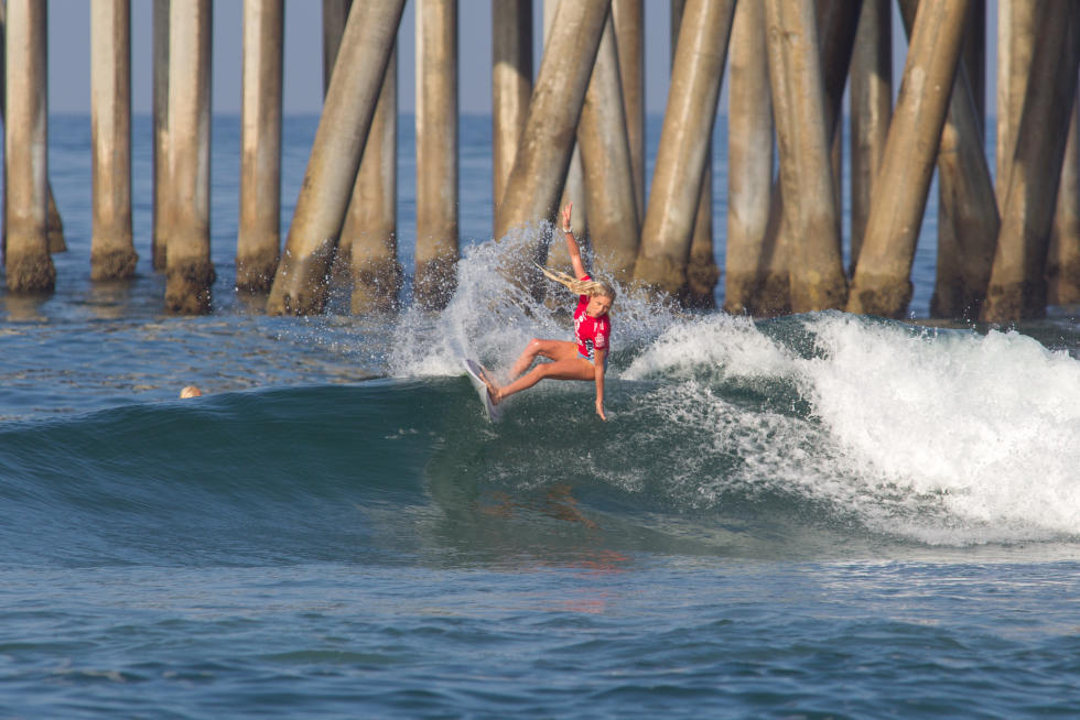 14 Laura Enever Vans US Open of Surfing foto Sean Rowland WSL