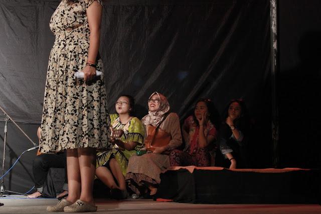 Nyonya Nyonya Wisran Hadi: teraseni.com