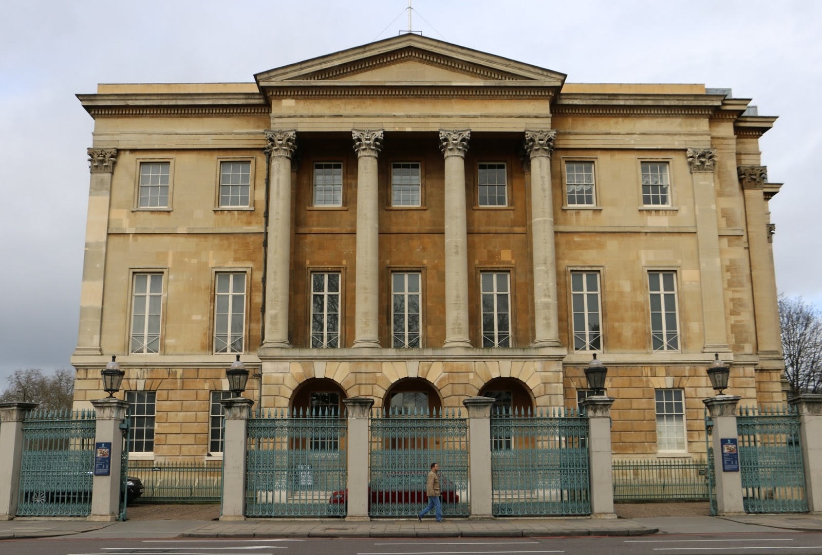 Regency history apsley house home of the duke of wellington for Pictures for the house