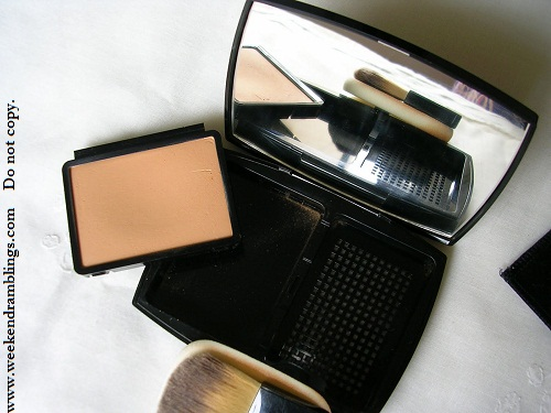 Chanel Mat Lumiere Luminous Matte Powder Makeup - SPF 10
