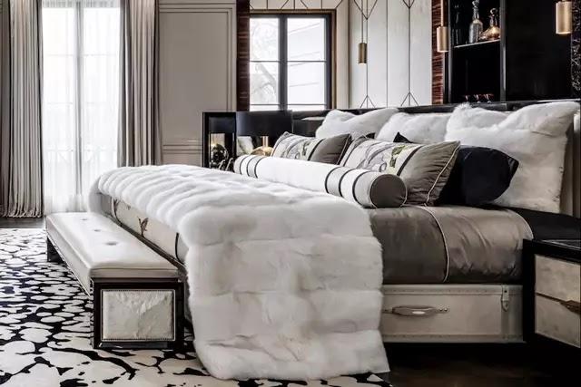 İsveçli yatak markası Hästens'in en pahalı yatağı olan Grand Vividus'u ilk satın alan Kanadalı müzisyen Drake oldu.