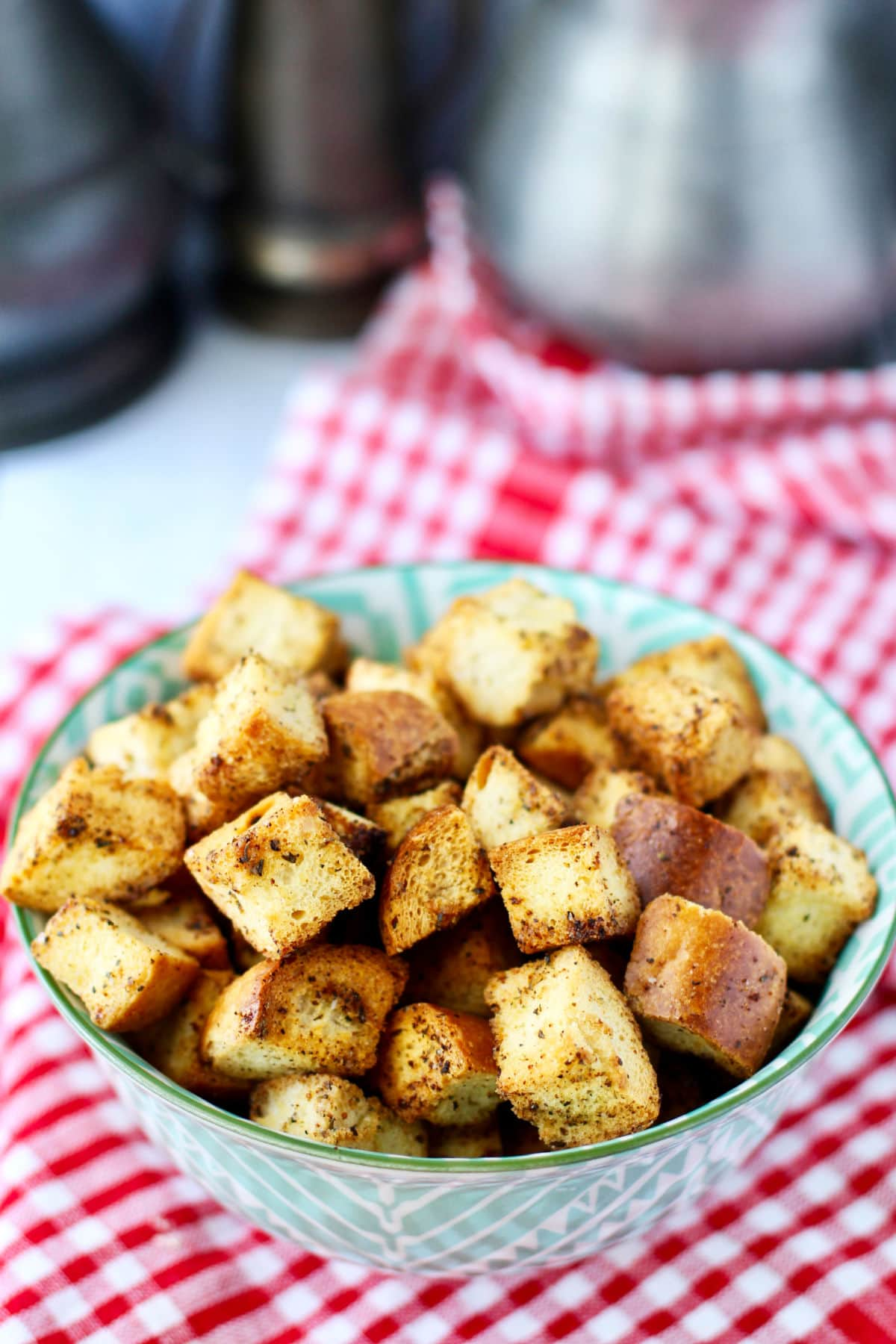 Air fryer croutons in a bowl.