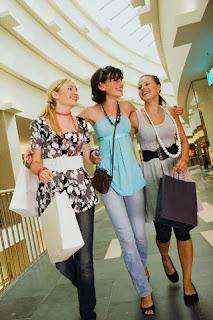 Mujeres de compra
