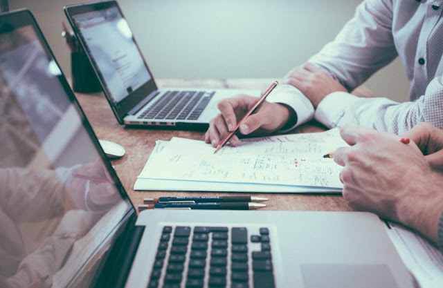 Tips Mengurangi Kebiasaan 'Workaholic'