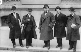 Carrà (second left) in Paris in 1912 with Luigi Russolo, Filippo   Tommaso Marinetti, Umberto Boccioni and Gino Severini