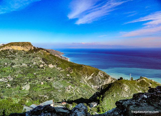 Vista para o mar em Castelmola, Sicília