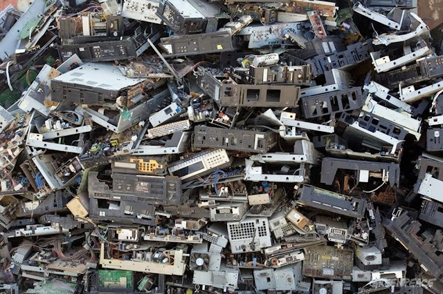 ELECTRONIC WASTE RECYCLING IN NIGERIA