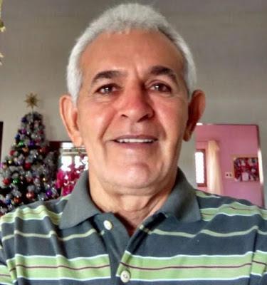Emílio Oliveira responde a charge publicada pelo blog 'o jaquê'