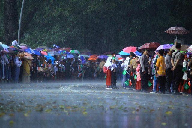 Waspada Hujan Untuk Semua Wilayah di Indonesia-IGfadlixitonk