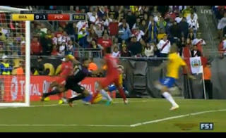 هدف فوز بيرو على البرازيل فى بطولة كوبا أمريكا المئوية 2016