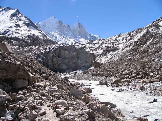 gangotri peak with the gaumukh Glacier