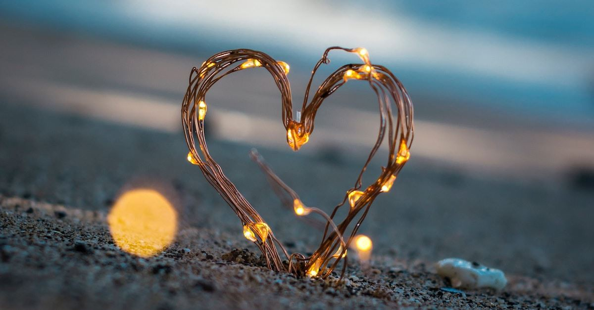 Renungan Harian: Senin, 16 November 2020 - Kasih dalam Kebenaran