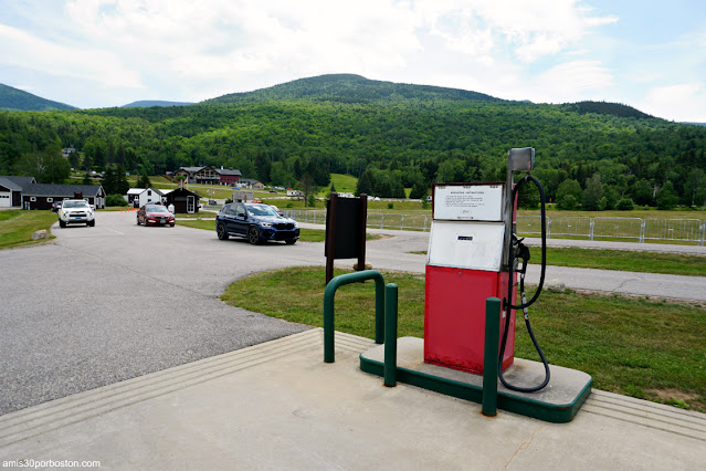 Gasolinera en la Base de Mount Washington