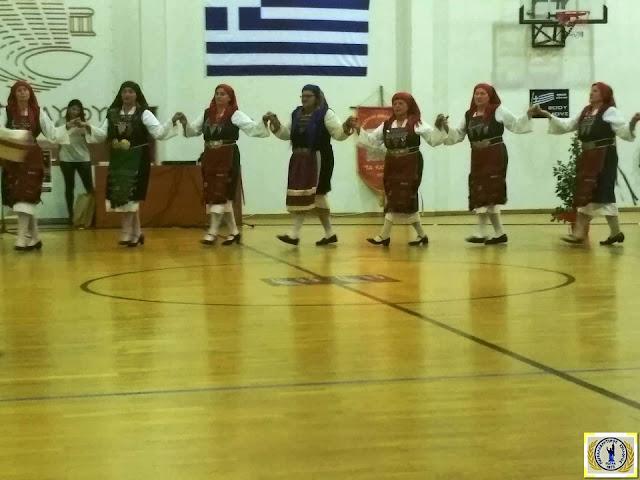 Εντυπωσίασε με τα χορευτικά του τμήματα ο Παγκαλαβρυτινός σύλλογος στην Επίδαυρο