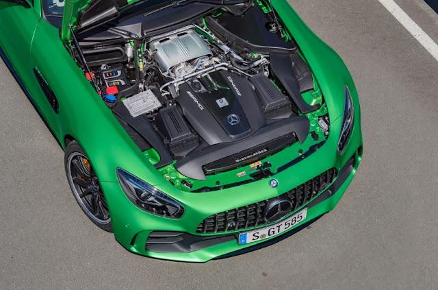 2017 Mercedes-Benz AMG GT R Engine