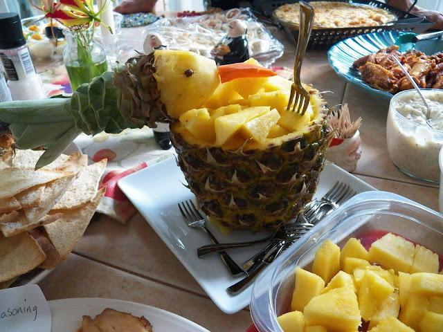 Pineapple Bird