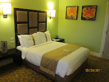 Solitary Dolphin Hotel Rooms Love-holiday Inn Clark