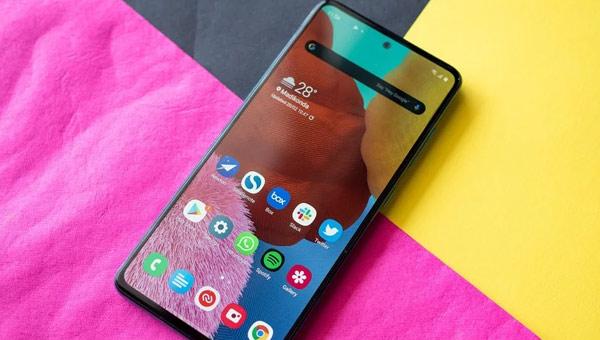 Samsung Galaxy A51 شاشة