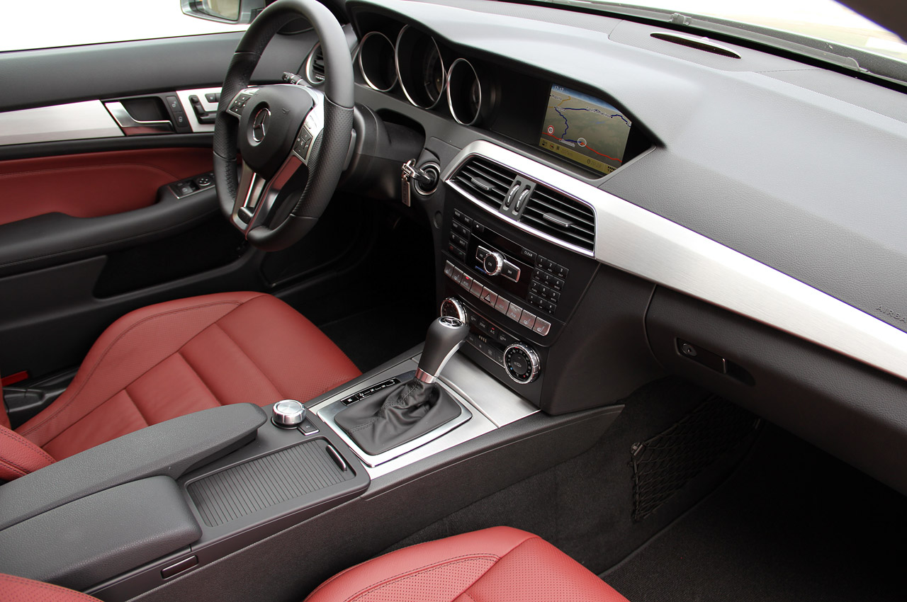 99 WALLPAPERS: 2012 Mercedes-Benz C-Class Coupe Car