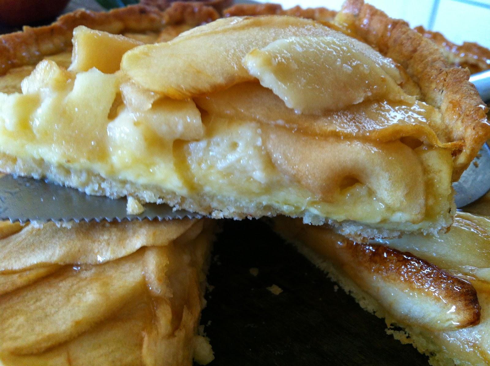 """alt=""""tarte aux pommes crème pâtissière"""""""