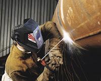 Pengelasan adalah menyambung logam dengan cara memanasi sampai mencair Apa itu Pengelasan?