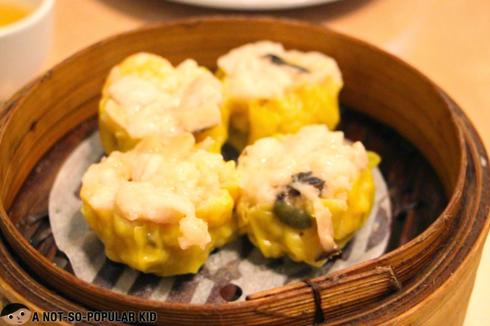 The Best Siomai of Manila - Lucky Rainbow Restaurant