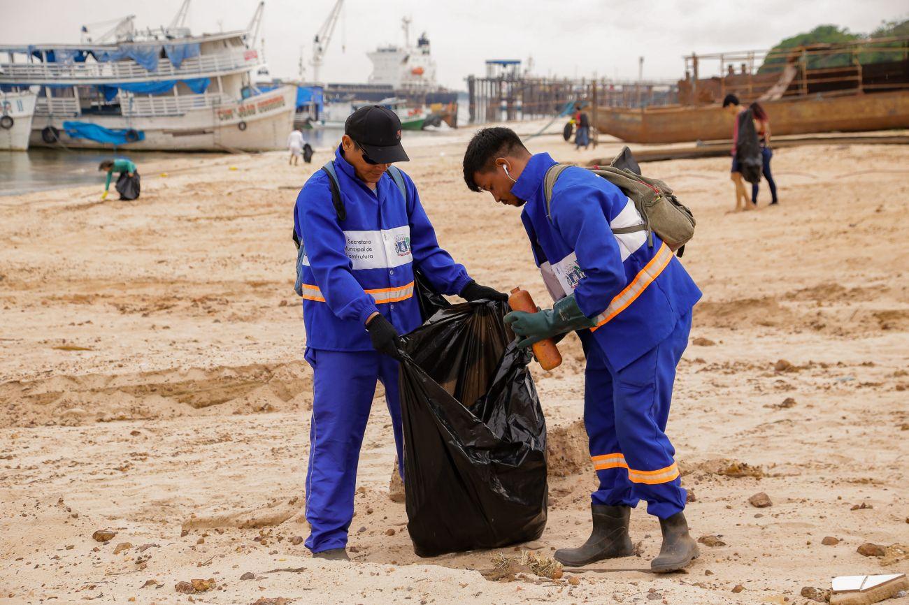 Apenas duas empresas se habilitam para licitação da coleta de lixo; confira o valor