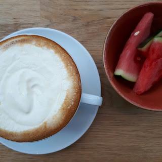 Kahvi ja vesimelooni