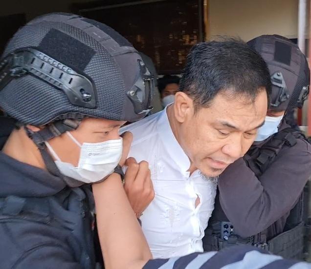 Breaking News: Munarman Ditangkap Densus 88, Ada Apa?