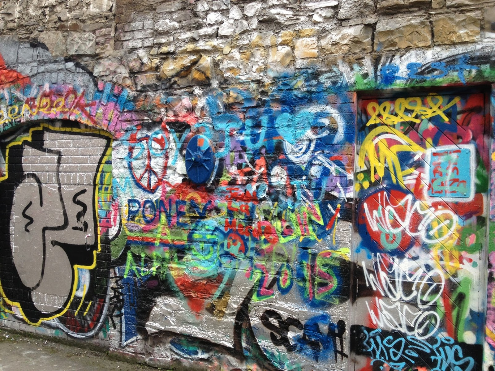 Picture of the U2 Wall on Windmill Lane Recording Studio Dublin