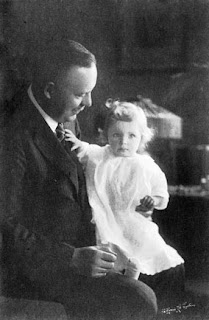 Wallace Stevens with Holly in 1925