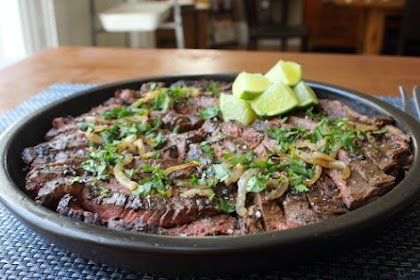 """Grilled Mojo Beef – Rhymes amongst """"Everybody Say Ho!"""""""