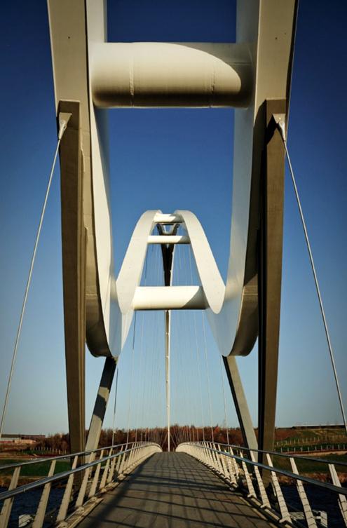 infinity-bridge-stockton-puente-del-inifinito