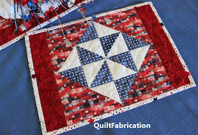 Holiday Stars place mat and runner
