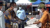 Disaksikan Jokowi, Sriwijaya Air Serahkan Santunan Kecelakaan SJ-182