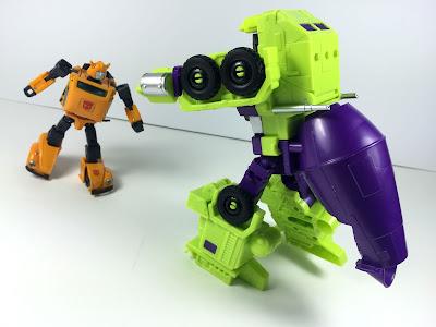 transformers combiner wars devastator mixmaster barrel