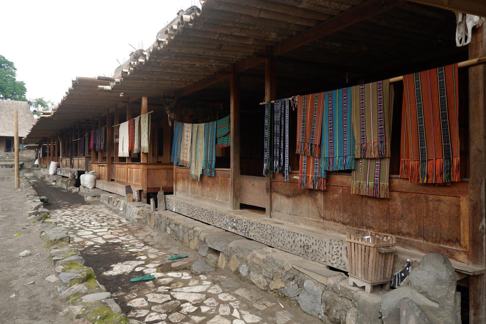 kain tradisional bena