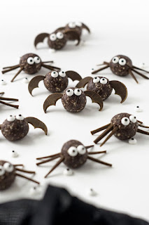 Recipe to make vegan Halloween monster bites