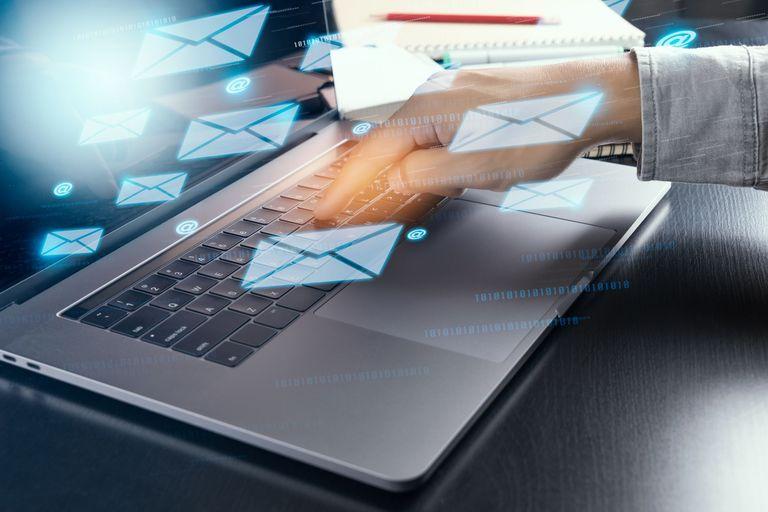 Tips Terbaru Cara Mengirim Lamaran Lewat Email
