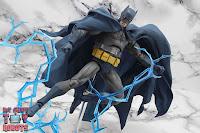 MAFEX Batman (Batman: Hush) 34